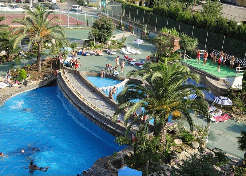 Hotel Esplendid piscina